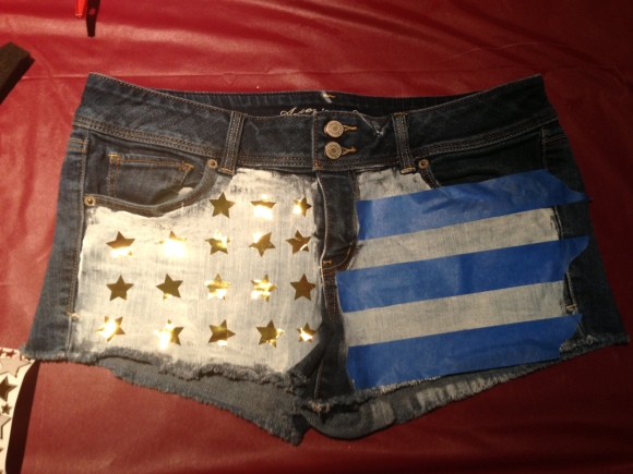 DIY American Flag Shorts from Glatz & Glamour